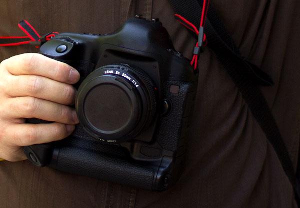 Meine Kamera ist nicht abgeklebt, ich habe für diesen Artikel nur schnell mit Photoshop gepfuscht